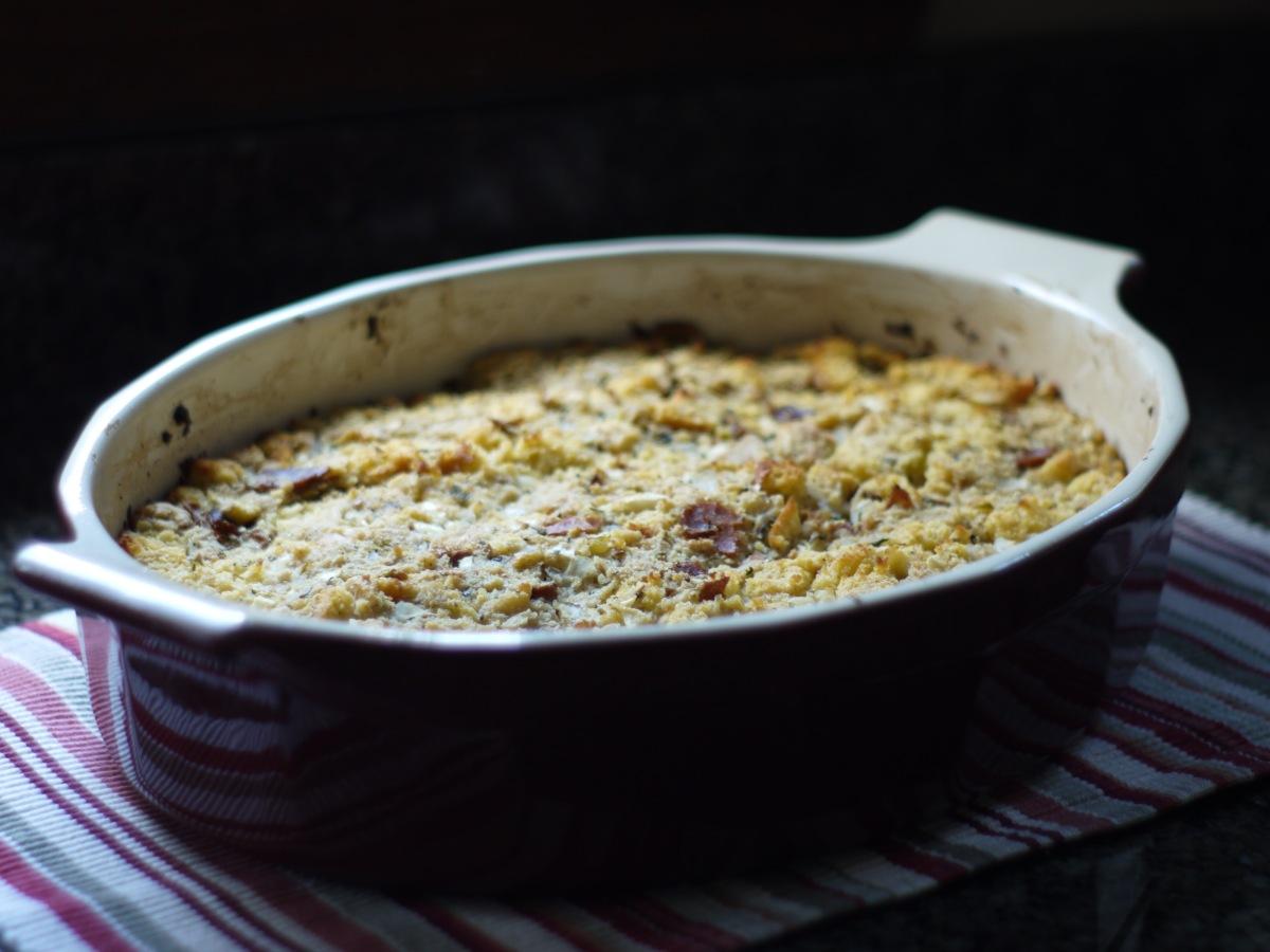 yankee-cornbread-stuffing