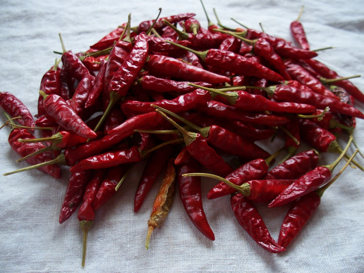 Dried Dragon Cayenne Peppers