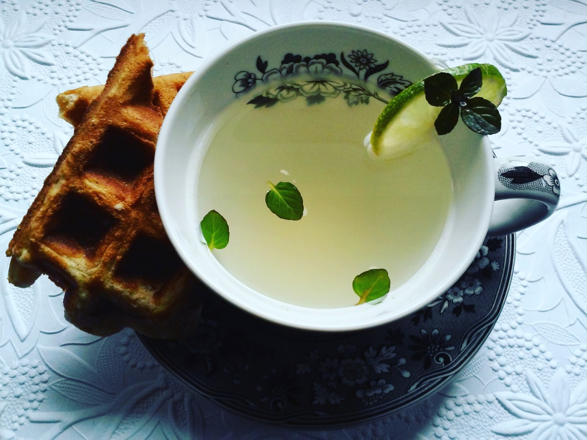 Ginger Tea with Mint & Lime