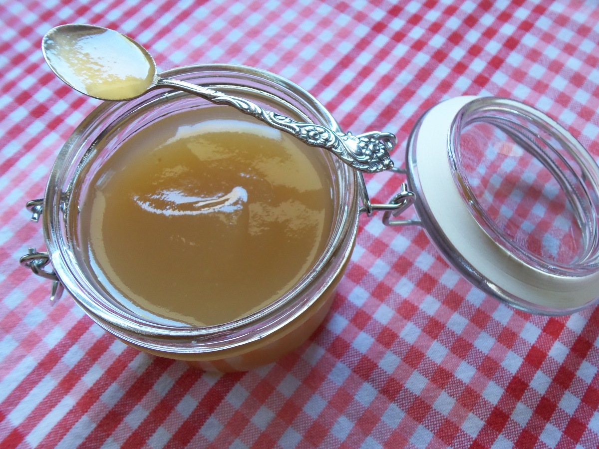 Scuppernong Nectar on Spoon in Jar