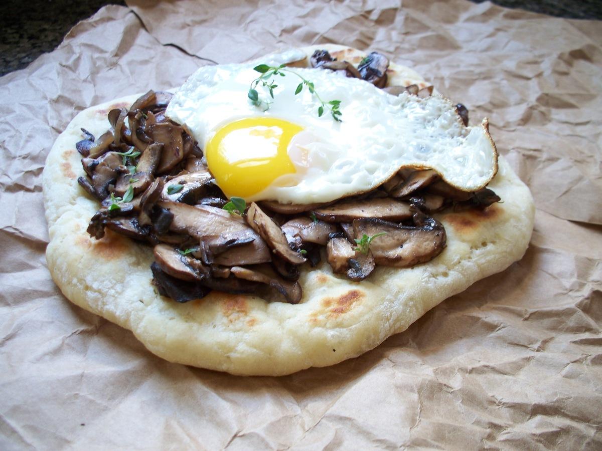 Mushroom & Egg Griddle Pizza