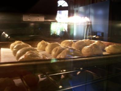 profiteroles-baking
