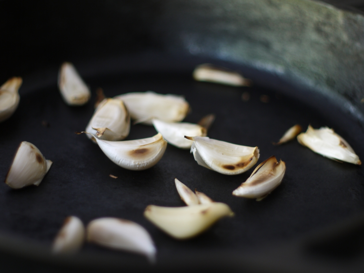 Toasting Garlic Cloves in Skillet