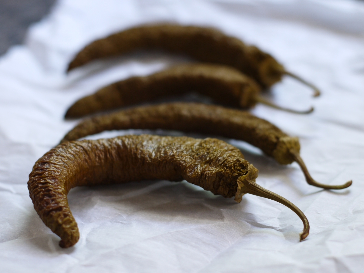 Dried Green Cowhorn Pepper