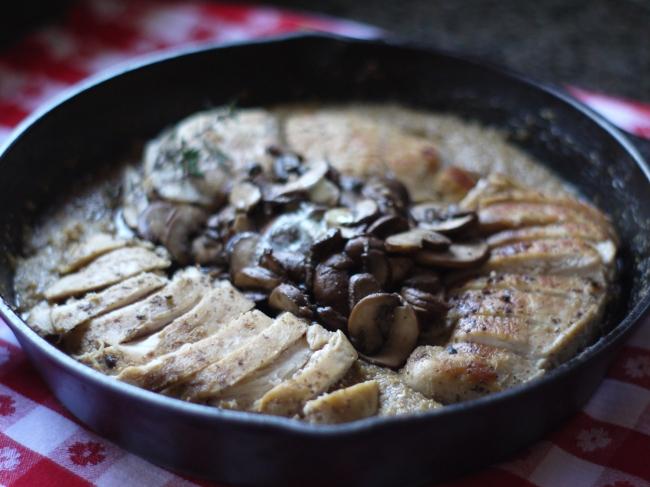 Chicken Mushroom Grits Skillet Meal